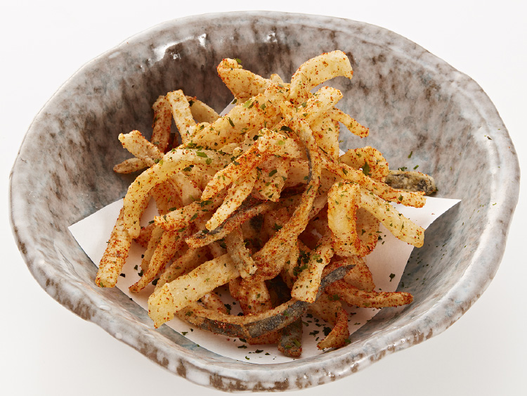 Fried skin with cayenne pepper